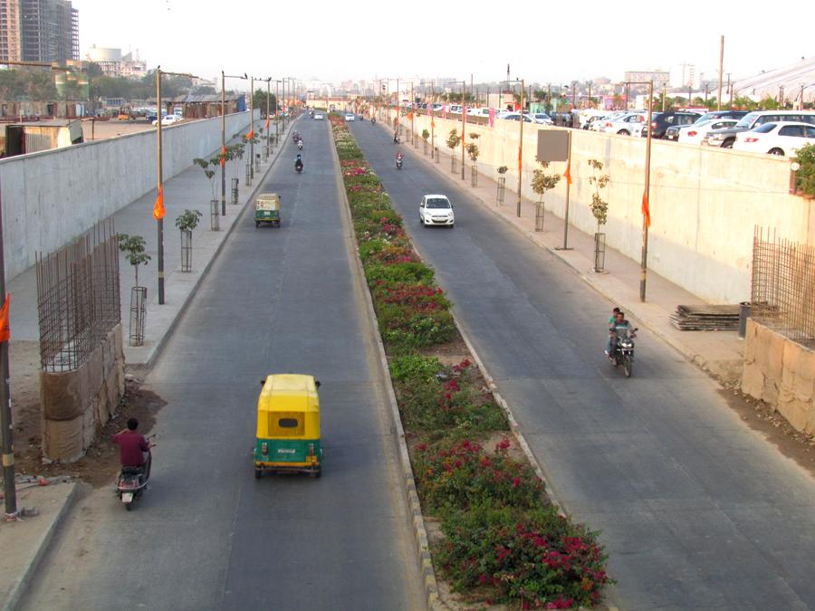 Sabarmati River Front West Drive named as Pramukh Swami road, CM makes announcement