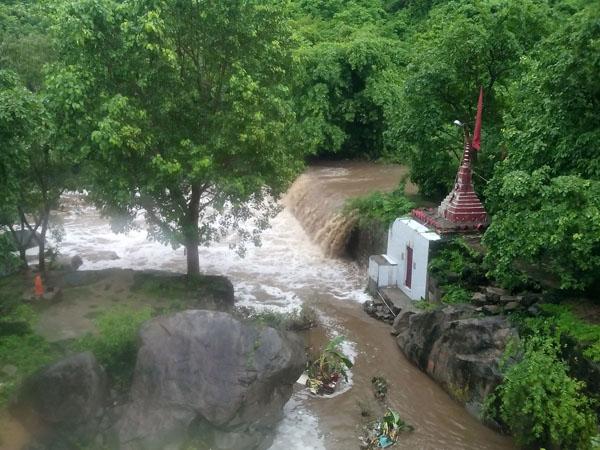 Junagadh receives very heavy rainfall, Visavadar sees around 10 inches till 8 pm