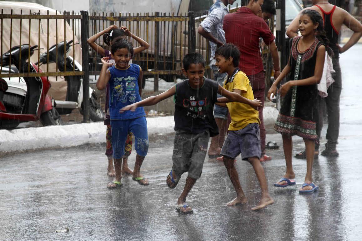 Met issues heavy rain warning in Gujarat for September 14, 15