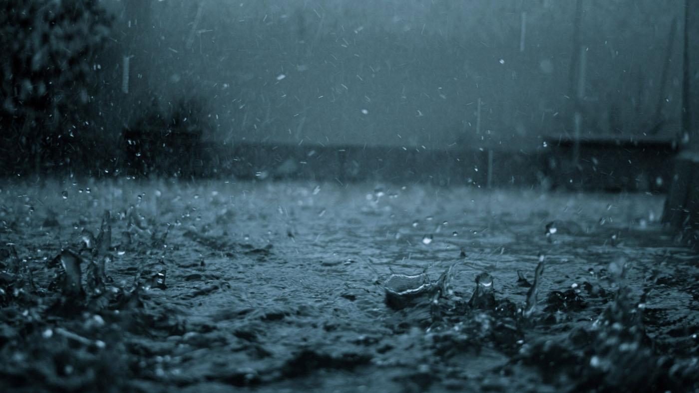 Non seasonal rain /thunderstorm in North Gujarat